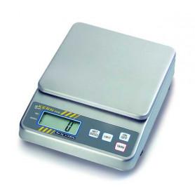 Balance compacte inox, portée max. de 500 g à 30 kg, précision de 0.1 g à 10 g